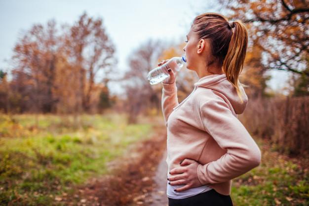 نوشیدن آب کافی در تمرینات
