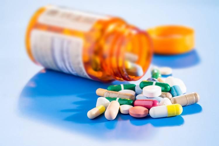 مصرف داروهای شیمیایی و گیاهی