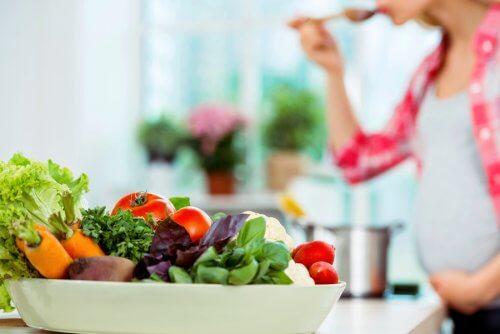 نقش سبزیجات در رژیم باروری
