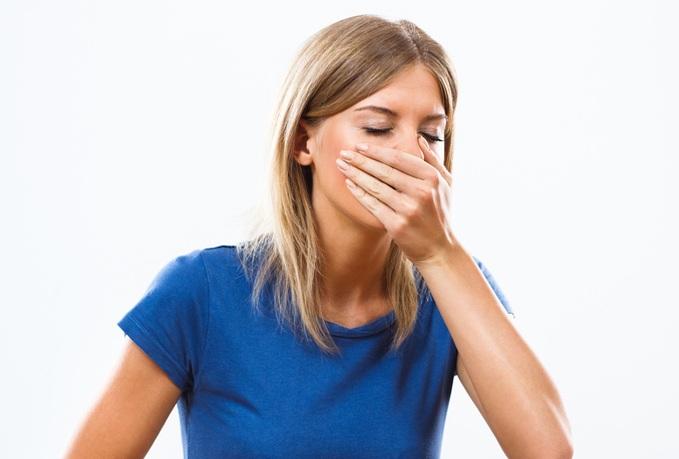 حالت تهوع، یکی از عوارض قرص های جلوگیری از بارداری